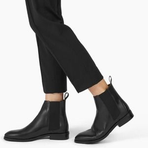 Everlane The Modern Chelsea Black Ankle Boots NWOB